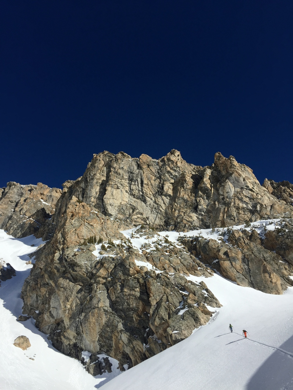 Tanner Flanagan and Fred Marmsater approaching the couloir.